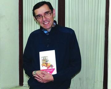 """Oscar Díaz Arnau presenta su libro """"Territorios del Azar"""""""