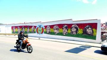 Muralistas dejan su huella en tres espacios de Sucre