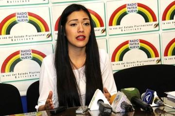 """Senadora del MAS dice que la oposición está """"desesperada y fragmentada"""""""
