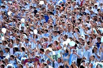 FIFA sanciona a seis federaciones latinoamericanas por cánticos homófobos