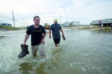 Nate genera cortes de luz e inundaciones en EEUU