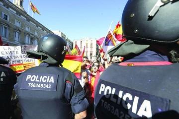 Nerviosismo en España por declaración catalana