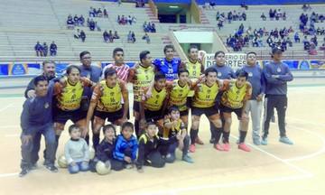 "Lizondo busca dar  un paso a ""semis"" de Liga de Futsal"