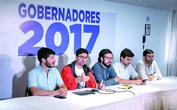 Oposición pretende quitar espacios a Nicolás Maduro