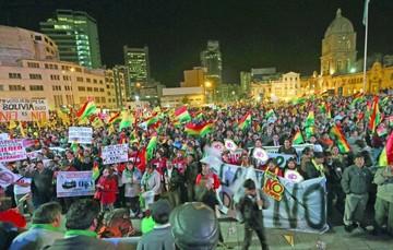 Pulso por la reelección volverá a tomar las calles esta semana