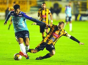 El Tigre sufre, gana y mete miedo a Bolívar