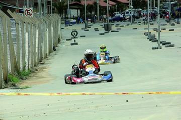 Karting corre quinta competencia local