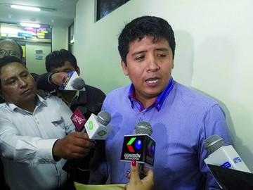 Ex diputado insiste en ser posesionado como juez