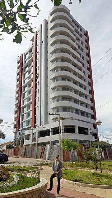 """""""Torre Mirador"""", edificio moderno e inversión con miras al futuro"""