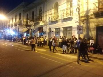 Educación declara tolerancia para estudiantes tras anuncio de paro de micros San Cristóbal