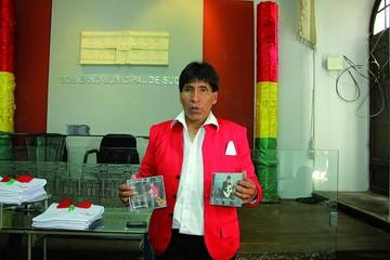 Andrés Ramos lanza su segundo disco de boleros