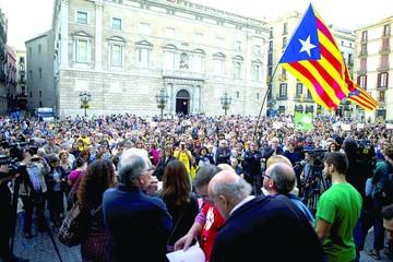 España: Sube tensión por soberanía catalana