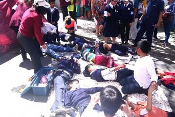 Simulacro de sismo moviliza a sucrenses con los estudiantes como protagonistas