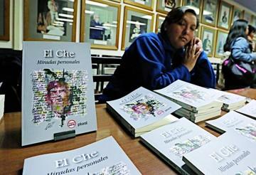 20 autores dan significado al paso del Che en Bolivia