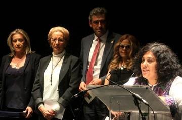 """Boliviana Paura Rodríguez recibió premio internacional de poesía """"Pilar Fernández Labrador"""""""
