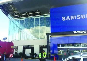 El Gobierno niega daños a cubierta de aeropuerto