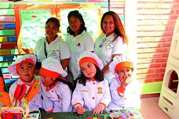 Feria educativa de alimentos saludables