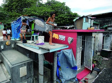 Manila: Donde los muertos y los vivos comparten casas