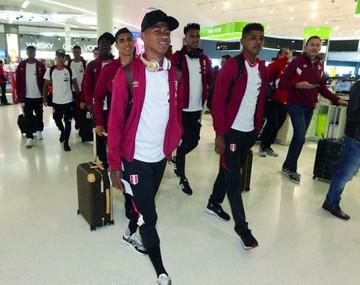 Selección peruana aterriza en Oceanía para repechaje
