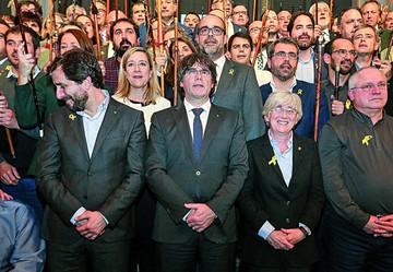 Puigdemont se enfrenta a juicio por gastos ilegales