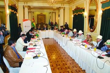 Gestan última fase del diálogo por Pacto Fiscal