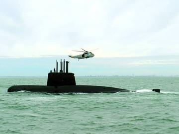 Detectan 7 llamadas de emergencia del submarino argentino