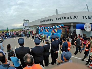 Inauguran vuelos comerciales de BoA hacia Monteagudo