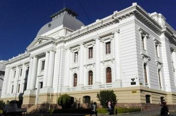 Bolivia está entre los diez países con peor justicia