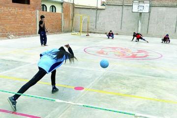 Chuquisaca y Potosí miden fuerzas en golbol