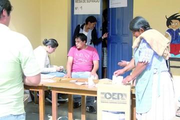 El TSE insta a electores a no votar bajo consigna o presión