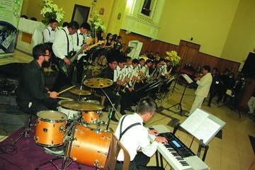 """""""Don Bosco"""" sorprende con jazz y música clásica"""