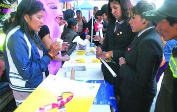 Chuquisaca lucha contra el VIH que afecta a jóvenes