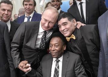 Putín y Maradona se roban el show ante los ojos de Pelé