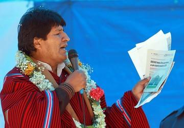 """Evo Morales llama a """"democratizar"""" la justicia en esta jornada"""