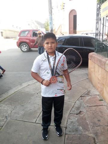 Marco Antonio Vedia Rosales inicia una carrera prometedora en el raquetbol
