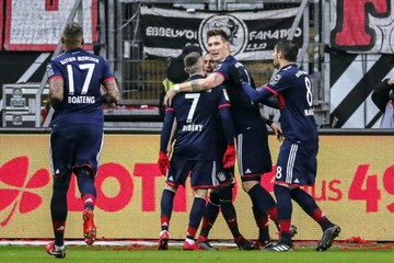 Bayern gana en Fráncfort