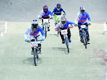 Sucre se destaca en bicicross
