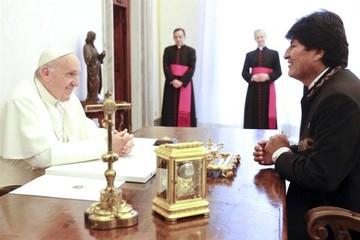 El Papa y Morales se reúnen sin regalos ni referencias a la demanda marítima