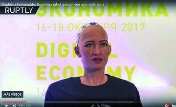 """Sofía, el robot """"aniquilador"""", quiere formar una familia"""