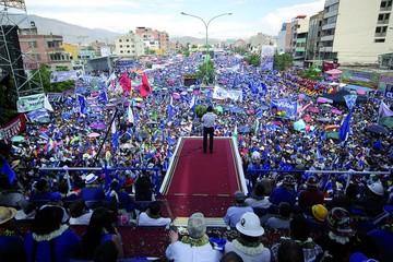 Proclaman a Evo Morales como candidato en 2019