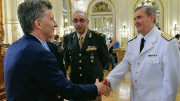Gobierno destituye al jefe de la Armada Argentina