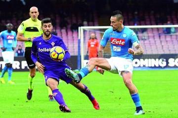 Nápoles se coloca líder por delante del Inter de Milán
