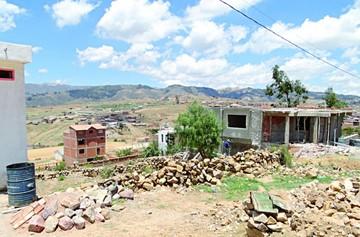 Barrio El Rosedal surge en medio de grandes desafíos