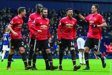 Manchester United no pierde la esperanza