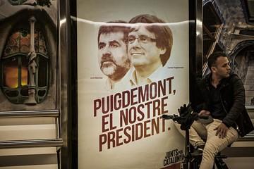 Cataluña celebra elección en medio de clima tenso