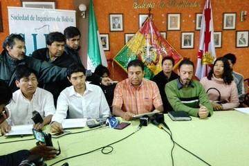 Ingenieros de Chuquisaca respaldan movilización de los médicos