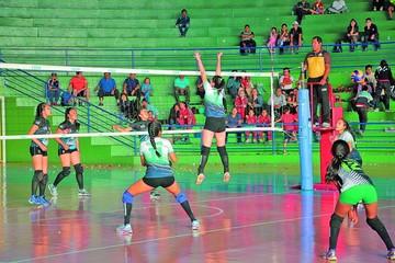 Voleibol se vio afectado por los nacionales
