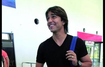 Martins anhela cerrar su carrera en Oriente