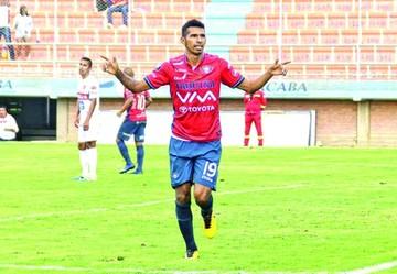 Récord de estadios, Bolívar bicampeón  y Álvarez goleador