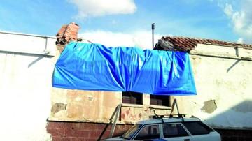Piden intervenir balcones, cornisas y muros en riesgo